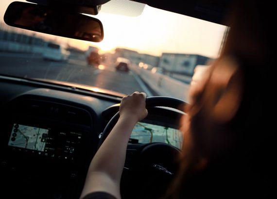 interieur-auto-met-navigatie